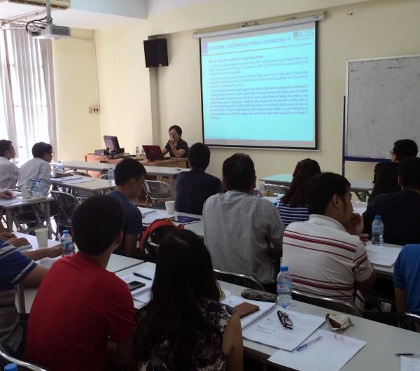 Bà Hà Thị Ngọc Hà - Nguyên Vụ phó Vụ Chế độ kế toán và Kiểm toán (Bộ Tài chính) cập nhật và giải đáp vướng mắc trong công tác kế toán tại PGS