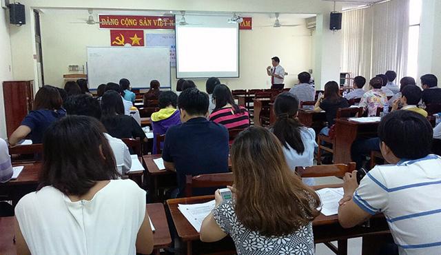 Ông Vũ Đức Hiển - Cục thuế TP Hồ Chí Minh cập nhật và giải đáp những vướng mắc trong quá trình thực hiện các chính sách thuế tại PGS
